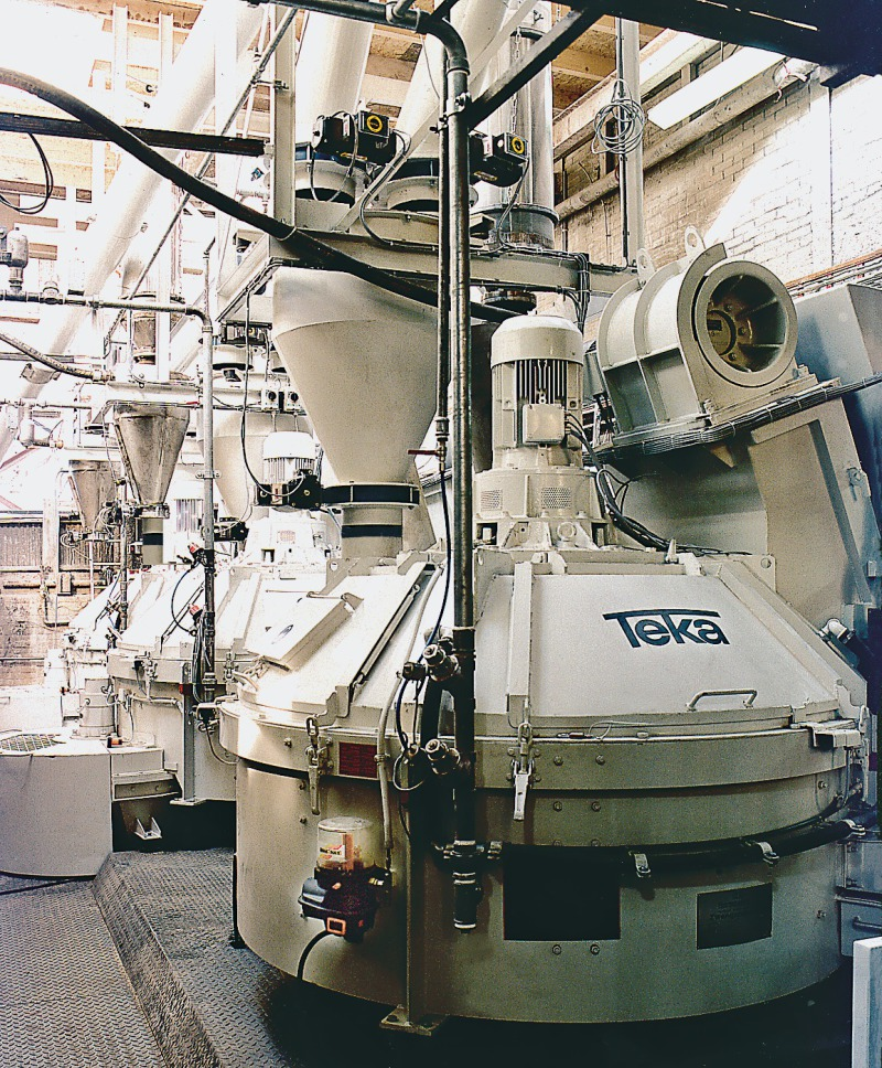 A Mixing System For The Dry 173 Building Materials Industry