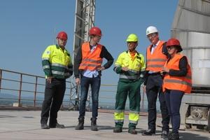 "<div class=""bildtext_en"">8 Wolfgang Hammer, Alexander Loesche, Dr Joseph Kitzweger, Dr Thomas Loesche and ZKG Editor-in-Chief Anett Fischer at the top (from left to right)</div>"