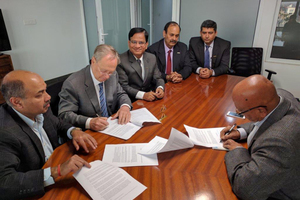 "<div class=""bildtext_en"">Signing the contract (left to right): Ghorahi Cement Director Sanjay Bansal, GPSE Chief Executive Dr. Eduard Kulenkamp, GP India D.D. Wanjale, GP India S.S. Vason, GP India Rahul Sharda, and Ghorahi Cement Chairman P.L. Sanghai</div>"