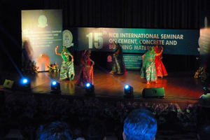 3 Scene from a dance featured in the cultural programme