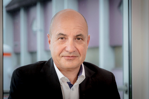 """Josef Sennhäuser, <br />CEO Röfix, Switzerland: """"Manufacturers must also be reliable in getting their products to the customer on time. One of the most decisive factors for customer satisfaction is staying on schedule."""""""