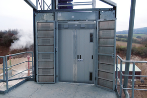 3 Easy-to-lock folding doors on the exit side provide high-level operational reliability