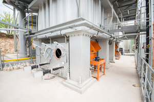 6 PFR kiln with access to the vibrating trays