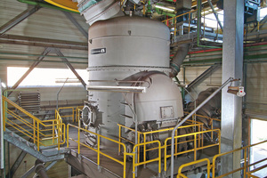 "<div class=""bildtext_en"">A Loesche mill type LM 28.2 D at the Schwarze Pumpe power station, Germany</div>"