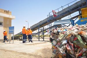 """<div class=""""bildtext_en"""">Egypt's waste management platform in Suez</div>"""