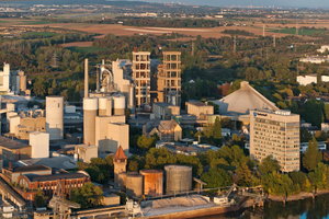"<div class=""bildtext_en"">2 All seven German Dyckerhoff cement plants were awarded the CSC certificate. The picture shows the Dyckerhoff plant in Wiesbaden</div>"