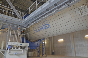 """<div class=""""bildtext_en"""">2 A new cement mill with a mill tube measuring 4.5m in diameter and just above 14m in length was also installed</div>"""