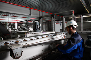 """<div class=""""bildtext_en"""">1 Within the scope of the Residential Service, Beumer employees assume the responsibility for availability, performance and profitability <br />of the machines</div>"""