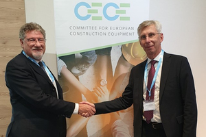 "<div class=""bildtext_en"">Niklas Nillroth (right) succeeds Enrico Prandini as President of CECE </div>"