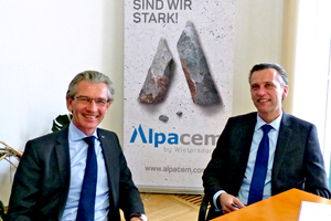 Lutz Weber (left) and Bernhard Auer, both Managing Directors of Alpacem, explain Alpacem's strategy to ZKG Cement Lime Gypsum