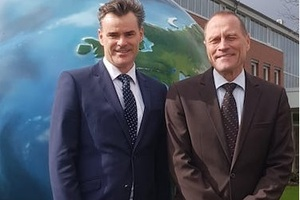 "<div class=""bildtext_en"">New Claudius Peters leadership team: Frank Siefert (right) and Kurt Herrmann (left)</div>"