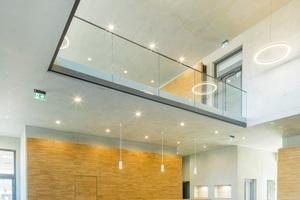 "<div class=""bildtext_en"">3 The entrance area of the new building</div>"