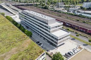 "<div class=""bildtext_en"">2 Aerial view of the new VDZ premises</div>"