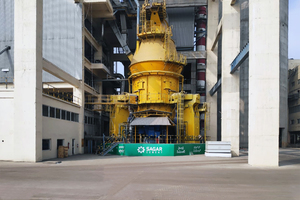 """<div class=""""bildtext_en"""">The picture shows an operational mill of the same size (MVR 5000 C-4)</div>"""