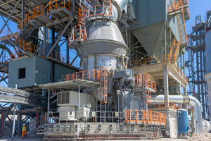 """<div class=""""bildtext_en"""">An MVR mill of the same size is also producing in South Africa</div>"""