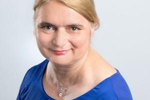Dr. Petra Strunk<br />