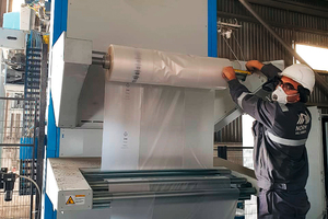 3 Never change a running system: Beumer Group recommends supplying the Beumer stretch hood A with the previously tested film to ensure a smooth start of the remote commissioning