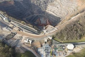 "<div class=""bildtext_en"">Bardon Hill Quarry near Leicester in Leicestershire/UK </div>"