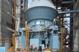 "<div class=""bildtext_en"">Example of a cement mill type MVR 6000 C-6</div>"