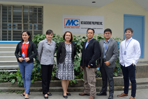 """<div class=""""bildtext_en"""">Group picture of the MC-Bauchemie Philippines Inc. team with Managing Director Shirley Laurel (3rd from left) in front of the company building in Manila </div>"""