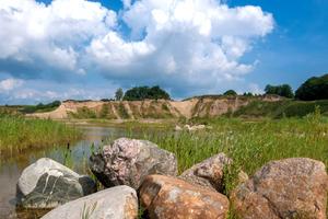 """<div class=""""bildtext_en"""">1 Renaturated quarry Langenhagen/Germany</div>"""