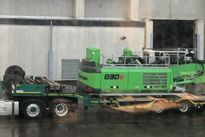 4 Arrival of the upper-carriage of the material handler 830 E