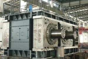 5 TRP220-160 roller press being assembled