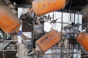 3 The old 150 l cannons with fixed pipe assemblies at Chittor Cement