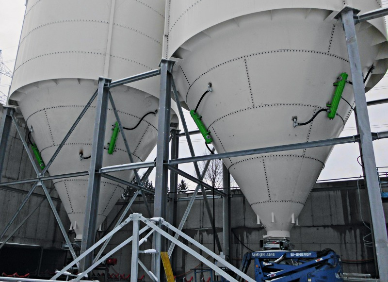 Air Cannons For Pneumatic Activation Of Bulk Material