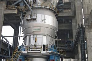 Loesche-Mühle Typ LM 56.3+3, Dadri/Indien