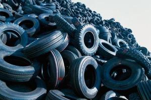 """<span class=""""bildunterschrift_hervorgehoben"""">9</span>Used tyre handling"""