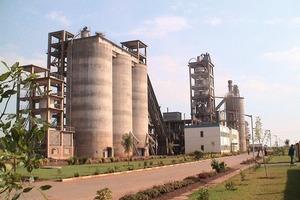 """<span class=""""bildunterschrift_hervorgehoben"""">11</span>SZCC cement factory in Zimbabwe (CTIEC/CNBM)<br />"""