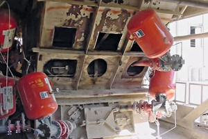 """<div class=""""bildtext_en"""">1 In order to prevent reduced flow and blockages at the Ash Grove Louisville plant, a network of 25 air cannons was installed</div>"""