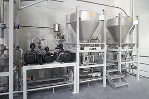 Container-Aufgabestation und Unterdruckerzeuger<br />