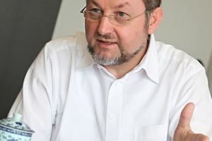 """<div class=""""bildtext_en"""">1 Prof. Dr. Johann Plank gave an outlook on the future of concrete admixtures</div>"""