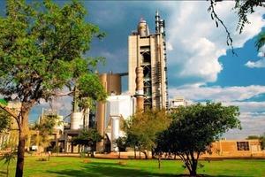 "<span class=""bildunterschrift_hervorgehoben"">17</span>Dwaalboom cement factory in South Africa (PCC)<br />"