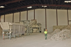 "<div class=""bildtext_en"">1 A recycling plant that efficiently recycles gypsum from mixed plasterboard panel waste was commissioned in the summer of 2014 in Großpösna near Leipzig/Germany</div>"