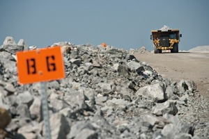 """<div class=""""bildtext_en"""">1 Well-tended haul roads are important for a safe operation</div>"""