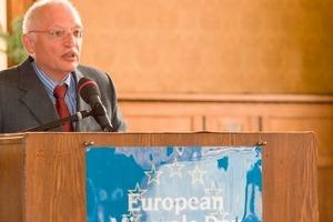"<span class=""bildunterschrift_hervorgehoben"">1</span>EC Vice-President Mr Günter Verheugen, Commissioner for Enterprise &amp; Industrial Policy<br />"