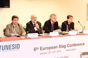 Dr. Heribert Motz (3. von links), Vorsitzender von EUROSLAG<br />