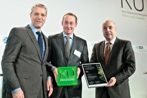 "<span class=""bu_ziffer_blau"">2</span> Federal Minister for the Environment Norbert Röttgen, Dr. Herbert F. Müller-Roden from the Fels-Werke GmbH and Dr. Markus Kerber from BDI (from the left)"