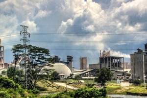Zementwerk Semen Padang
