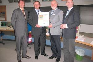 "<span class=""bildunterschrift_hervorgehoben"">1</span>Presentation of the EMAS certificate<br />"