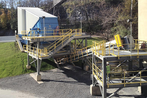 "<div class=""bildtext_en"">3 Samson<sup>®</sup> feeder as SSF at Lafarge cement mill</div>"
