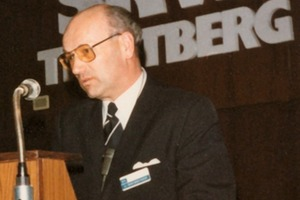 "<div class=""bildtext_en"">Dr. Aignesberger, inventor of the melamine resin superplasticiser at the 1976 Melment<sup>®</sup> Symposium</div>"
