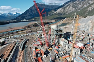 """<div class=""""bildtext_en"""">The Lafarge Exshaw cement plant modernization in progress</div>"""