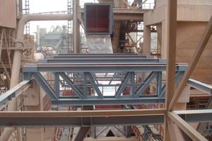 Installation des Auslaufkanals vom Gewebefilter zum Gebläse<br />