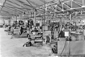 "<div class=""bildtext_en"">7 In 1953 Karlheinrich Heller opened a branch factory in Hamelin for the series production of superchargers and scavenging blowers for diesel engines by a workforce of around 40 employees</div>"