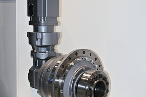 "<div class=""bildtext_en"">6 Small planetary gear unit from Siemens</div>"