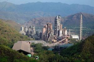 """<span class=""""bildunterschrift_hervorgehoben"""">7</span>Gagal cement factory of ACC (Holcim)<br />"""